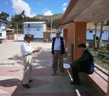 En Callanmarca, recogiendo la historia local y la memoria de quienes lucharon contra el terrorismo