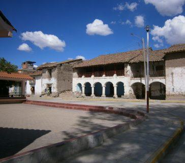 Casona antigua en Huancahuanca