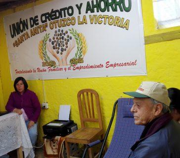 Visita a la Unión de crédito y ahorro. Otuzco la Victoria (Baños del Inca)
