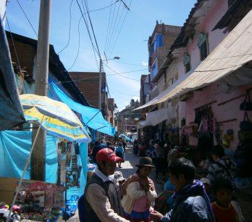 Feria dominical de Lircay