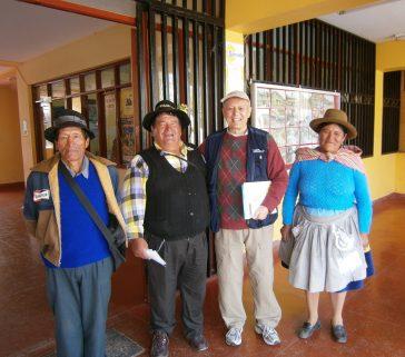 Con comuneros de San Juan de Dios, Lircay