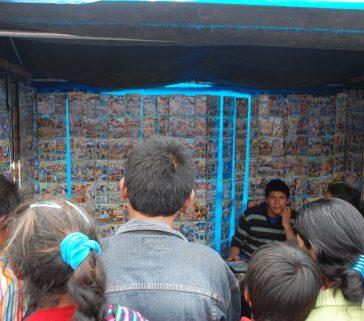 Feria de Pomacancha, los jóvenes interesado en videos