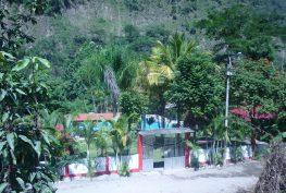 Hacenda Naranjal piscina terceros