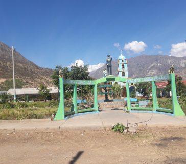 Plaza de armas de Callebamba-Junio 2018